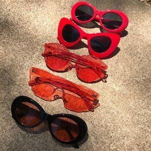 Mystery vintage glasses!!